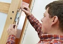 Drewniane drzwi – nic ich nie zastąpi.