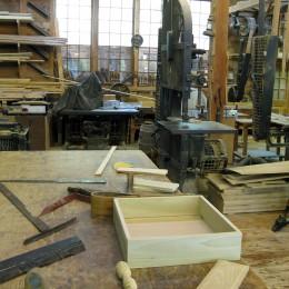 Co powinno znaleźć się w niewielkim warsztacie stolarskim?