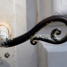 Jak w prosty sposób odnowić drzwi wewnętrzne?